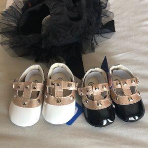 Rockstud Velcro crib shoes new